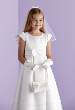 Holy Communion Ivory Accessory Set, veil, golves and bag